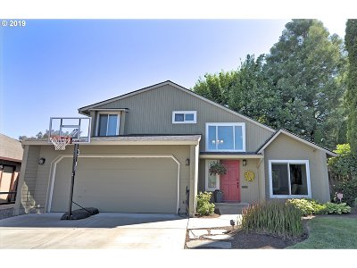 Single Family Home For Sale: 21238 NW Wapinitia Ln