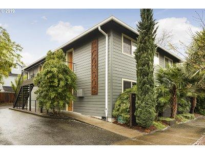 Portland Condo/Townhouse For Sale: 1924 SE 11th Ave #6
