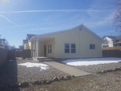 Umatilla County Single Family Home For Sale: 324 W Van Buren St