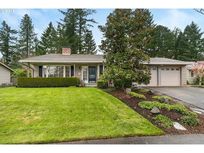 Beaverton Single Family Home For Sale: 5250 SW Birch Ave