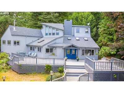 Coos Bay Single Family Home For Sale: 61575 Wriston Springs Rd
