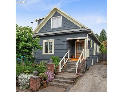 Clackamas County, Multnomah County, Washington County Single Family Home For Sale: 527 N Ivy St
