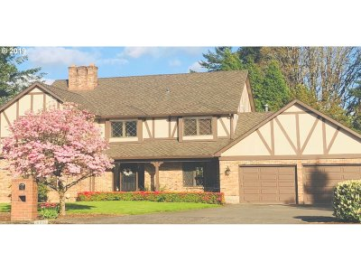 Beaverton Single Family Home For Sale: 16900 NW Park Ct