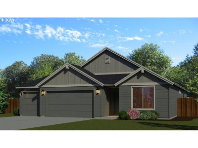 Canby Single Family Home For Sale: 2133 SE 11th Pl #Lot19
