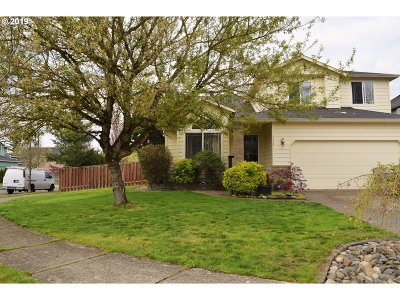 Troutdale Single Family Home For Sale: 3149 SE Hampton Loop