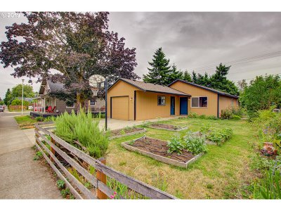 Wilsonville, Canby, Aurora Single Family Home For Sale: 183 NE 4th Ave