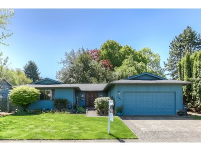 Keizer Single Family Home For Sale: 1466 Jodelle Ct N