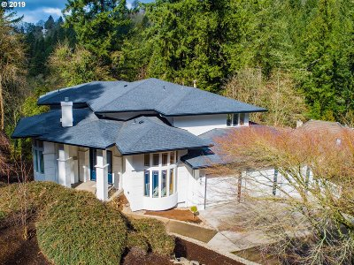 Lake Oswego Single Family Home For Sale: 2013 Ridgewood Rd
