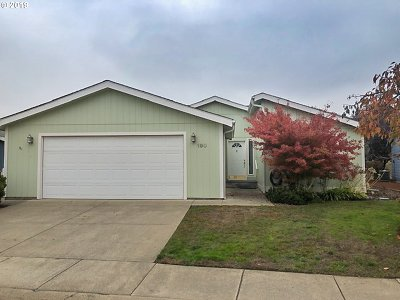 Roseburg Single Family Home For Sale: 190 Jacob Hale Way