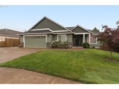 Molalla Single Family Home For Sale: 312 Chinook St