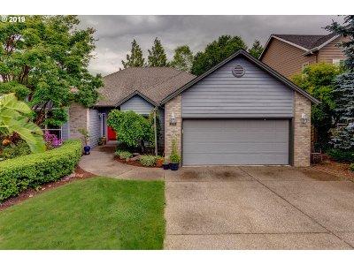Keizer Single Family Home Sold: 422 Lakefair Cir