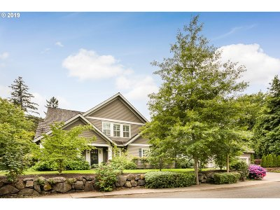 Lake Oswego Single Family Home For Sale: 16895 Chapin Way