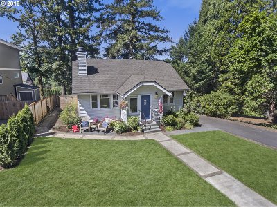 Portland Single Family Home For Sale: 8029 SW 57th Ave