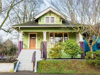 Portland Single Family Home For Sale: 1837 SE 35th Ave