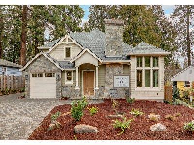 Lake Oswego Single Family Home For Sale: 157 6th St