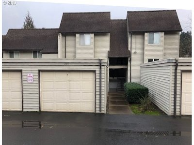 Multnomah County Condo/Townhouse For Sale: 200 SW Florence Ave #H5