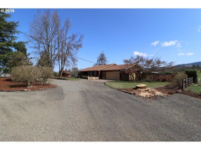 Creswell Single Family Home For Sale: 83076 N Bradford Rd