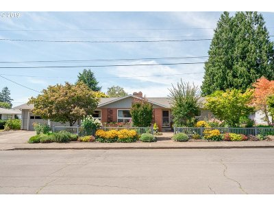 Salem Single Family Home For Sale: 765 NW Dian Ave