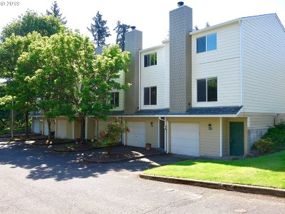 Clark County Condo/Townhouse For Sale: 13216 NE Salmon Creek Ave #Q-5