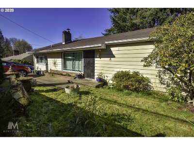 Portland Single Family Home For Sale: 7875 SW Oleson Rd