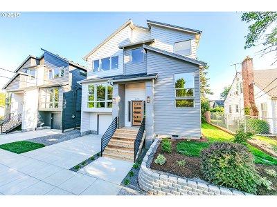 Portland Single Family Home For Sale: 4376 SE Nehalem St