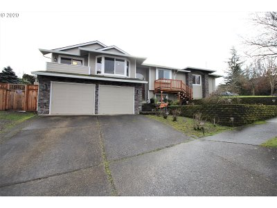 Gresham Single Family Home For Sale: 3648 SW 22nd Ct