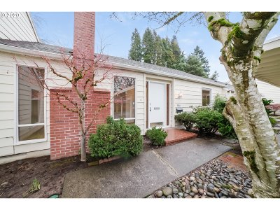 Beaverton Single Family Home For Sale: 4840 SW Wembley Pl