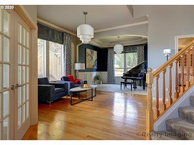 Portland Single Family Home For Sale: 16661 NW Graf St