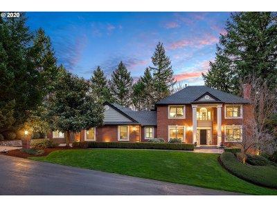 Beaverton Single Family Home For Sale: 10825 SW Avocet Ct