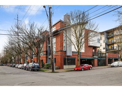 Portland Condo/Townhouse For Sale: 1114 NE Schuyler St