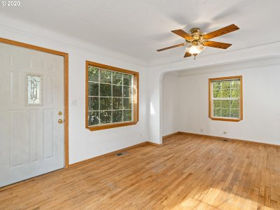 Portland Single Family Home For Sale: 9034 N Portsmouth Ave