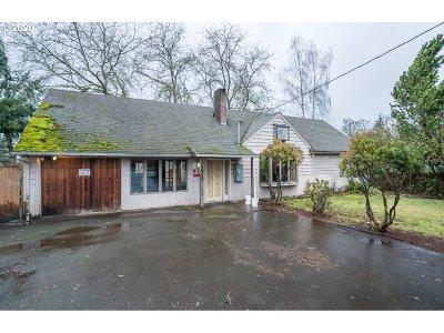 Oregon City Single Family Home For Sale: 910 Linn Ave