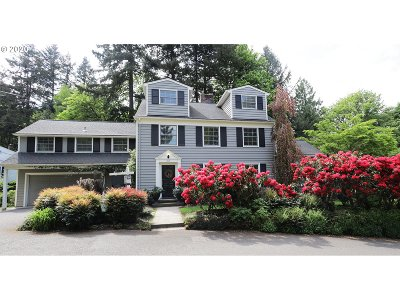 Portland Single Family Home For Sale: 2737 SW English Ct