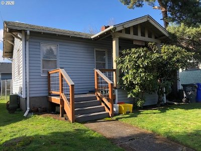 Portland Single Family Home For Sale: 431 NE 85th Ave