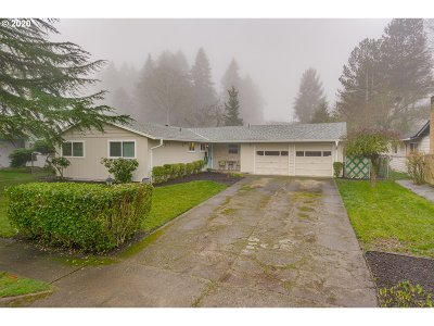 Beaverton Single Family Home For Sale: 6355 SW Dale Ave