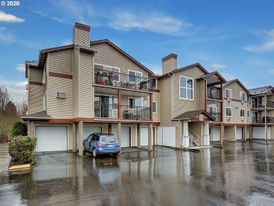 Beaverton Condo/Townhouse For Sale: 730 NW 185th Ave #304