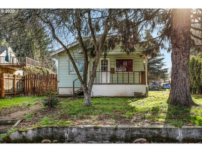 Portland Single Family Home For Sale: 7906 N Wall Ave