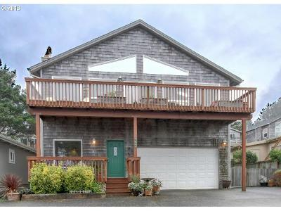 Single Family Home Sold: 4447 S Pacific