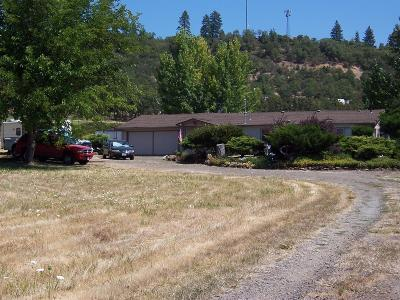 Eagle Point Single Family Home For Sale: 14706 Highway 62