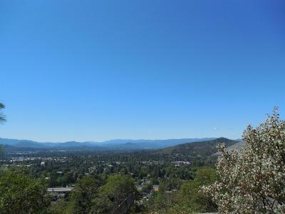 Grants Pass Single Family Home For Sale: 1648 NE Terrace Drive