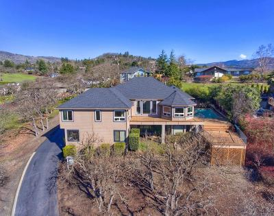 Single Family Home For Sale: 11 Bel Air Court