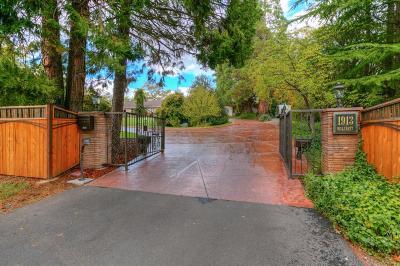 Medford Single Family Home For Sale: 1913 Hillcrest Road