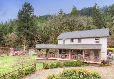Single Family Home Sold: 5459 Rogue River Highway
