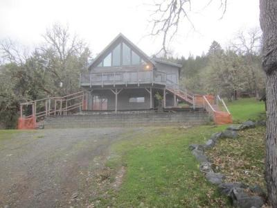 Jackson County, Josephine County Single Family Home For Sale: 4701 Pleasant Creek Road
