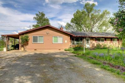 Jackson County, Josephine County Single Family Home For Sale: 4824 Glen Echo Way