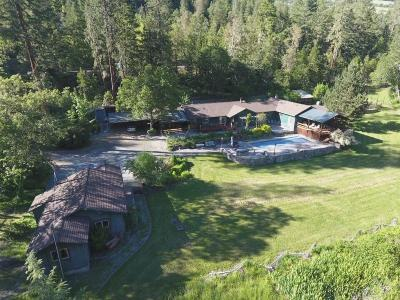 Jackson County, Josephine County Single Family Home For Sale: 10440 S Fork Little Butte Creek Road