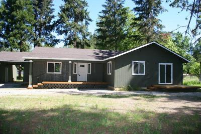 Jackson County, Josephine County Single Family Home For Sale: 717 Hummingbird Road