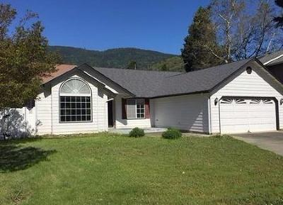 Rogue River Single Family Home For Sale: 102 Bramblewood Court