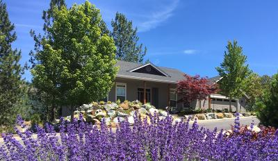 Grants Pass Single Family Home For Sale: 2257 SE Elderberry Lane