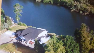 gold hill Single Family Home For Sale: 2732 Rogue River Highway
